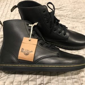 Dr. Martens Shoes - DR. MARTENS Black Leather LEYTON Boots NWT